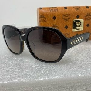 MCM Women's Black/Havana Square Fashion Sunglass
